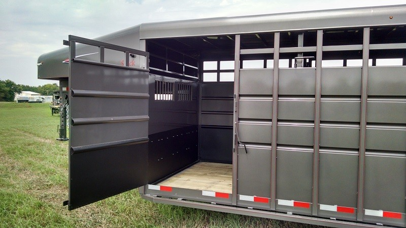 TravAlong Standard Stock Trailer